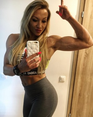 Beauty Muscle | Beautiful Muscular, Fit & Athletic Women ...